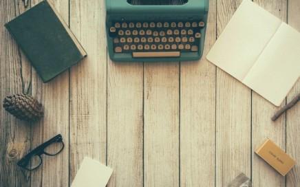 typewriter-801921_1280-768x510
